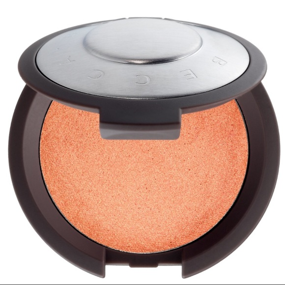BECCA Other - BECCA's Shimmering Luminous Blush in Tigerlily